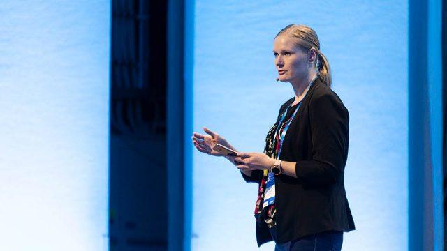Sini Alamäki toimii Ninjana Visma Solutionsin tutotekehityksessä